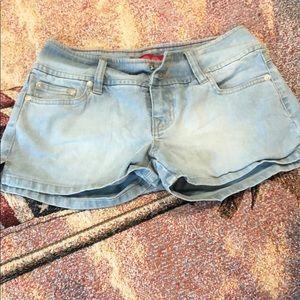 GLO shorts